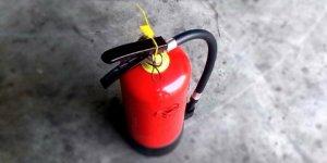 Как пользоваться автомобильным огнетушителем фото